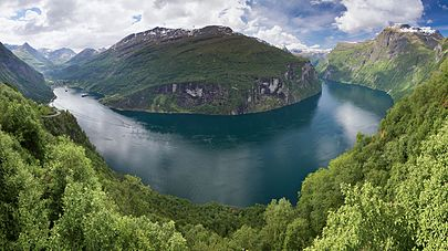 HD Quality Wallpaper | Collection: Earth, 405x227 Geirangerfjord