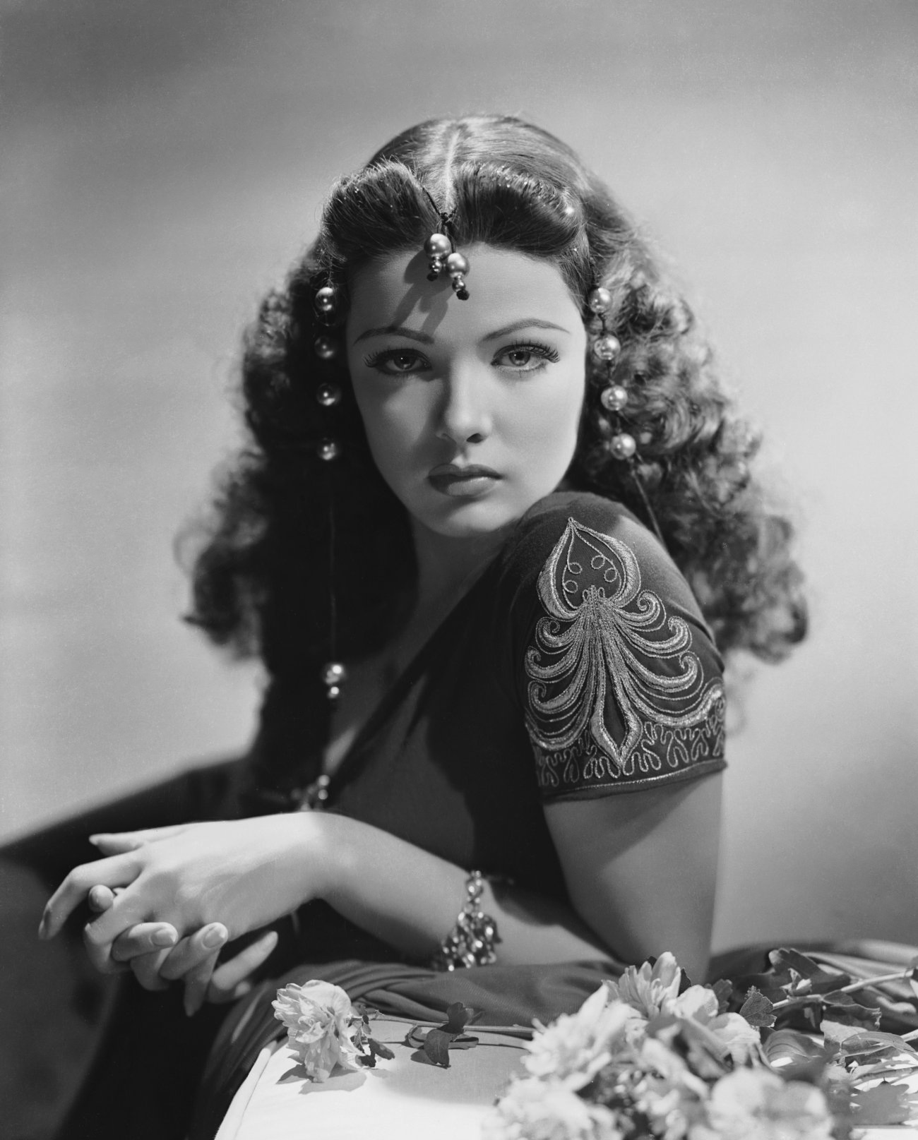 HQ Gene Tierney Wallpapers | File 371.49Kb