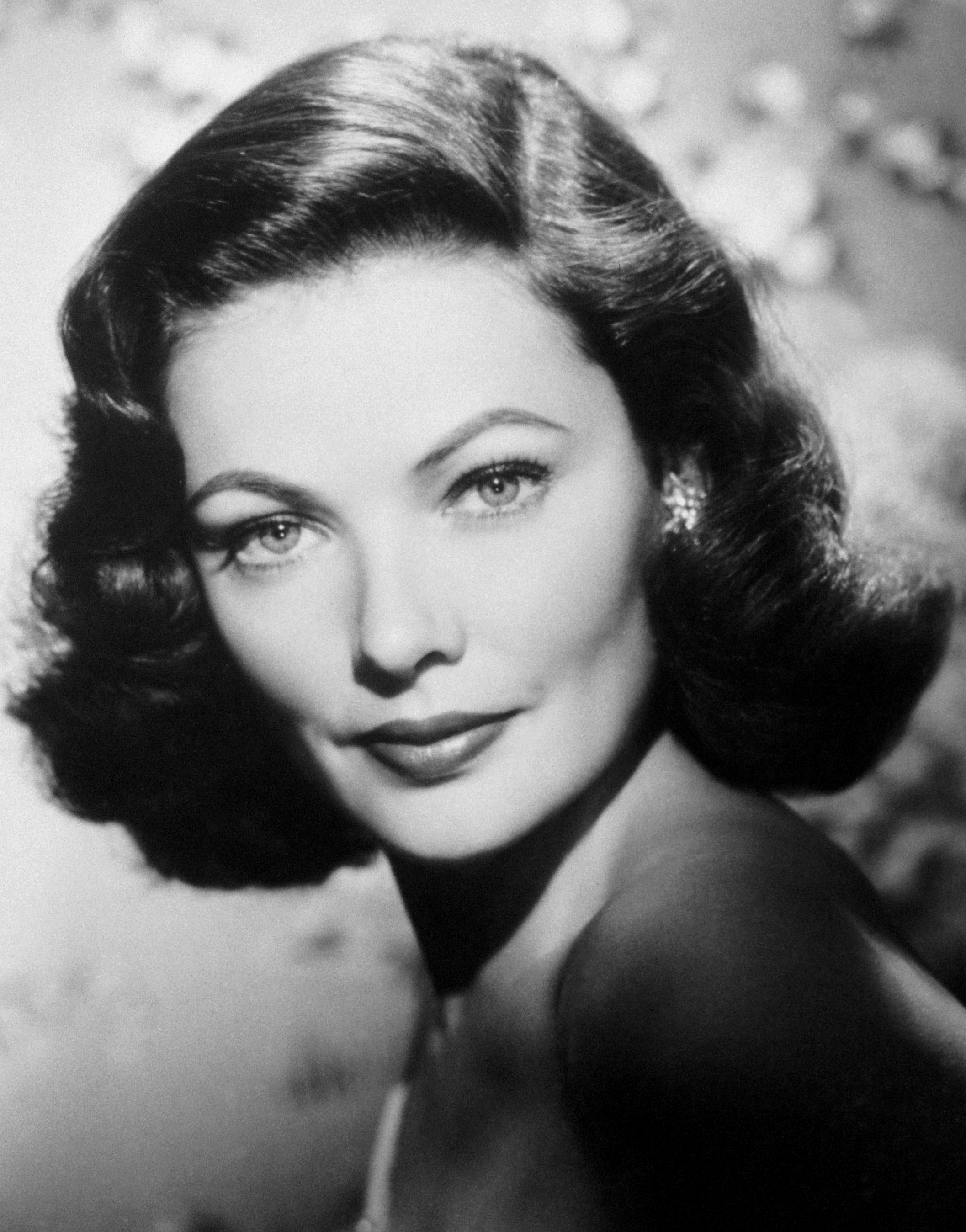 HQ Gene Tierney Wallpapers | File 1483.12Kb