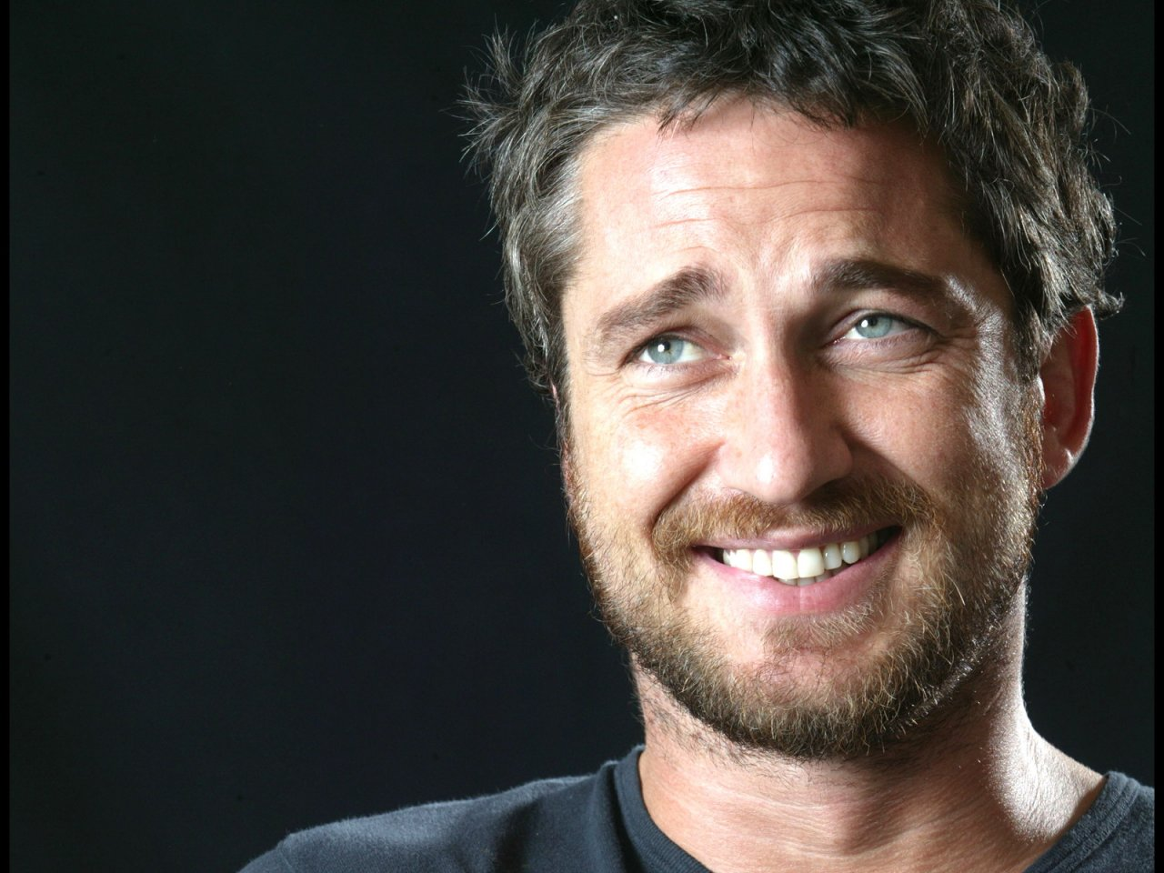 Amazing Gerard Butler Pictures & Backgrounds