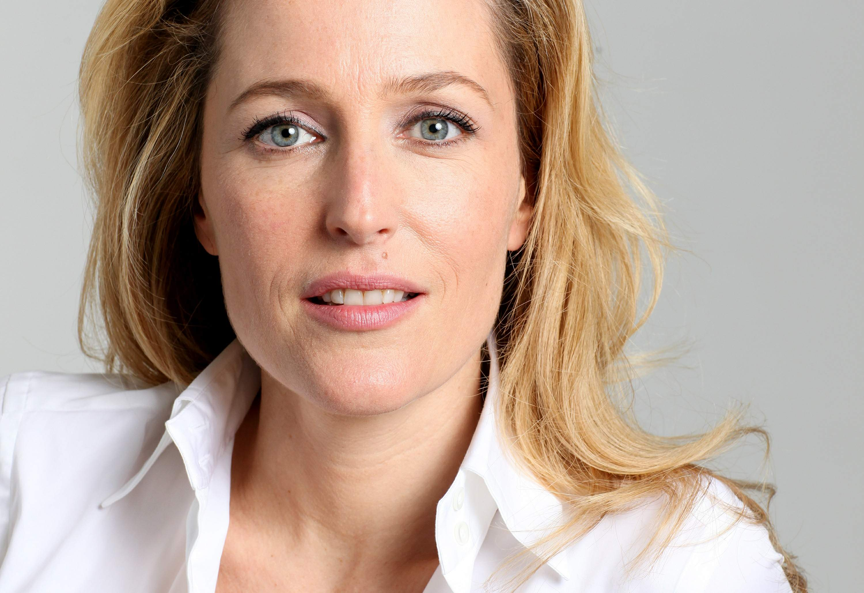 HQ Gillian Anderson Wallpapers | File 458.9Kb