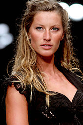 Amazing Gisele Bündchen Pictures & Backgrounds