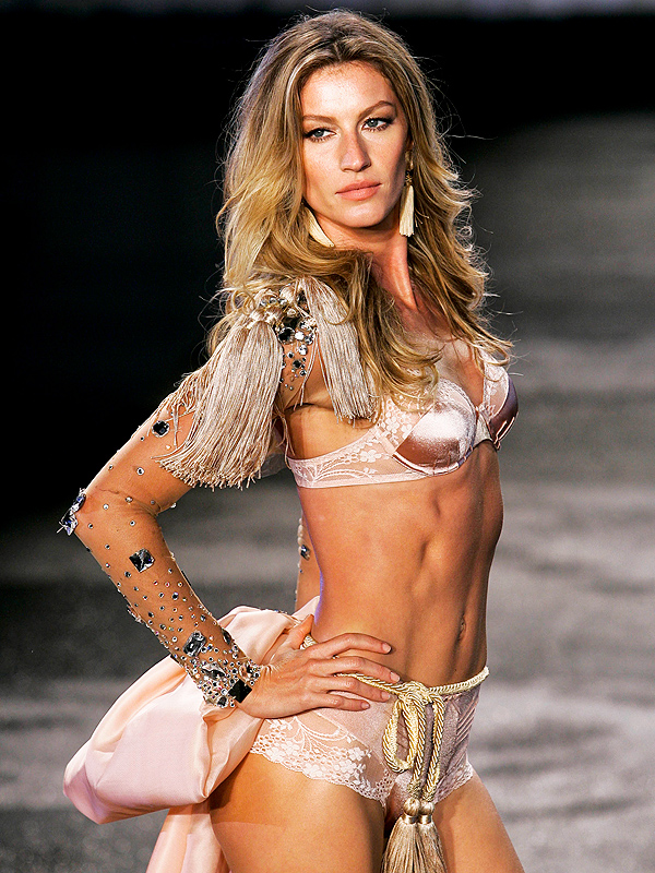 600x800 > Gisele Bündchen Wallpapers