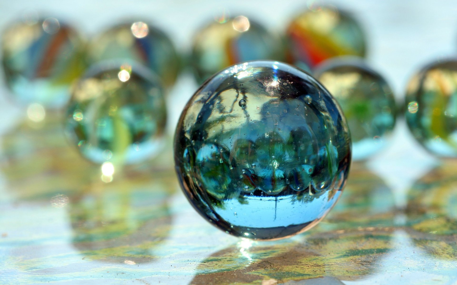 Images of Glass Marbles | 1920x1200