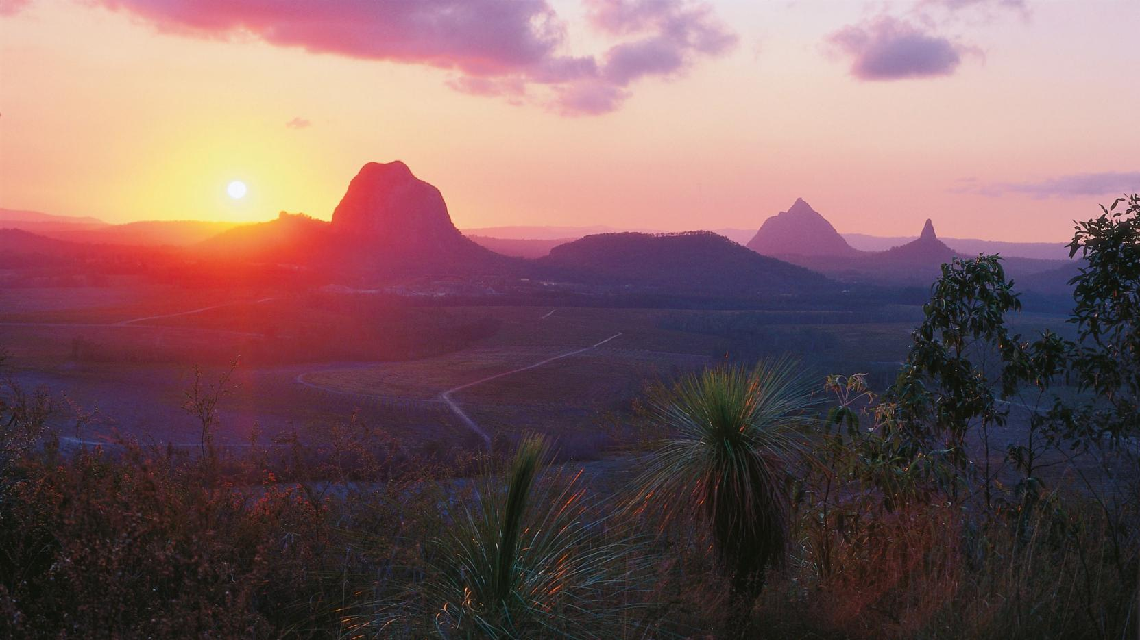 Nice Images Collection: Glasshouse Mountains Desktop Wallpapers