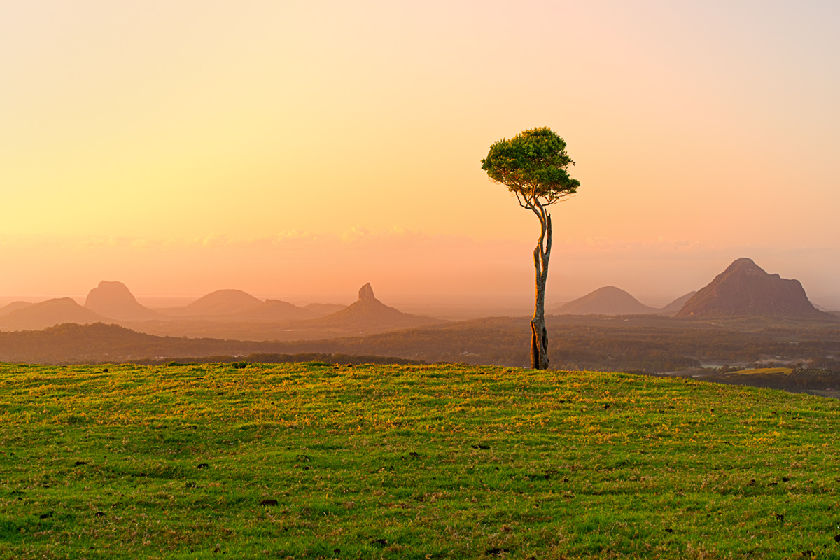 High Resolution Wallpaper | Glasshouse Mountains 1200x800 px