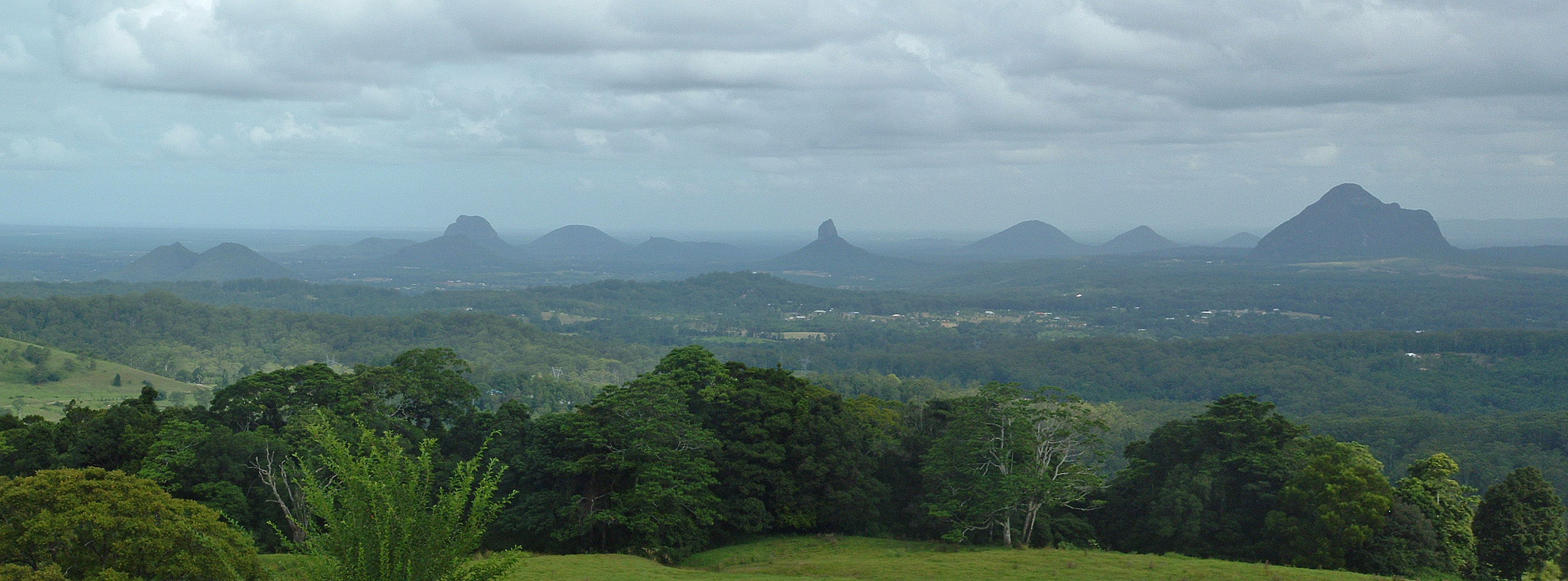 Glasshouse Mountains Backgrounds on Wallpapers Vista