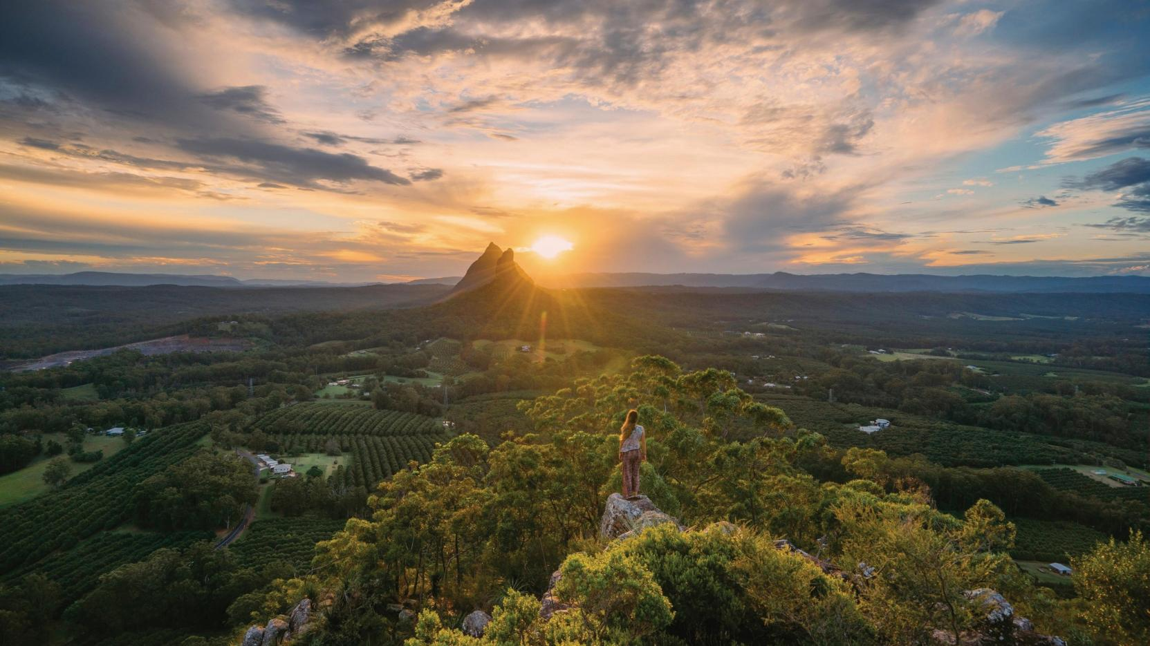 HD Quality Wallpaper | Collection: Earth, 1663x935 Glasshouse Mountains