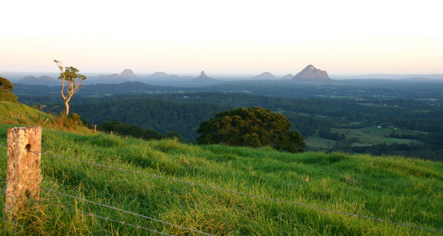 Nice wallpapers Glasshouse Mountains 1500x798px