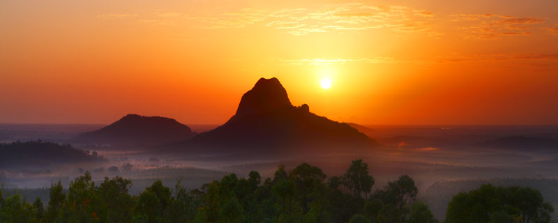 High Resolution Wallpaper | Glasshouse Mountains 800x320 px