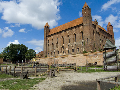 Amazing Gniew Castle Pictures & Backgrounds