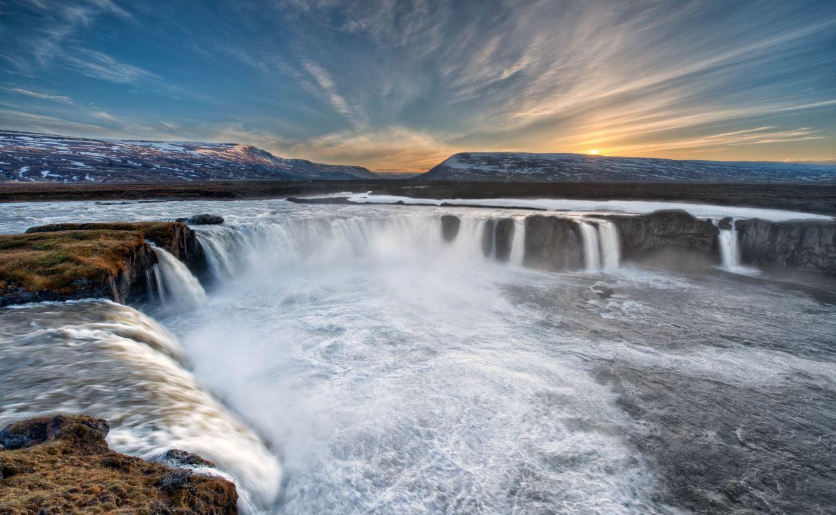 Goðafoss Backgrounds, Compatible - PC, Mobile, Gadgets| 1213x747 px