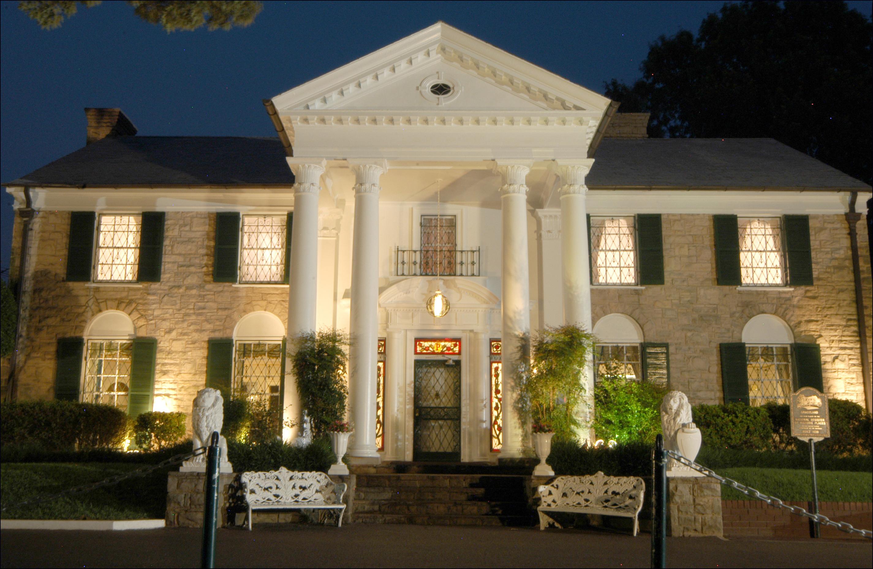 Images of Graceland   2850x1857
