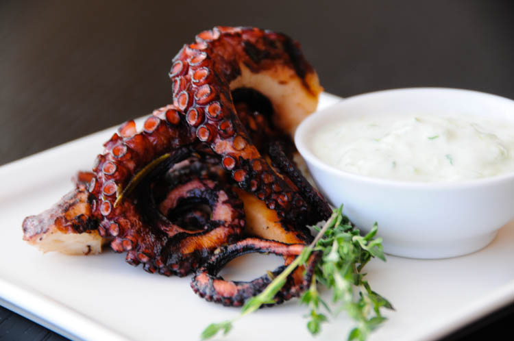 Images of Grilled Octopus | 750x498