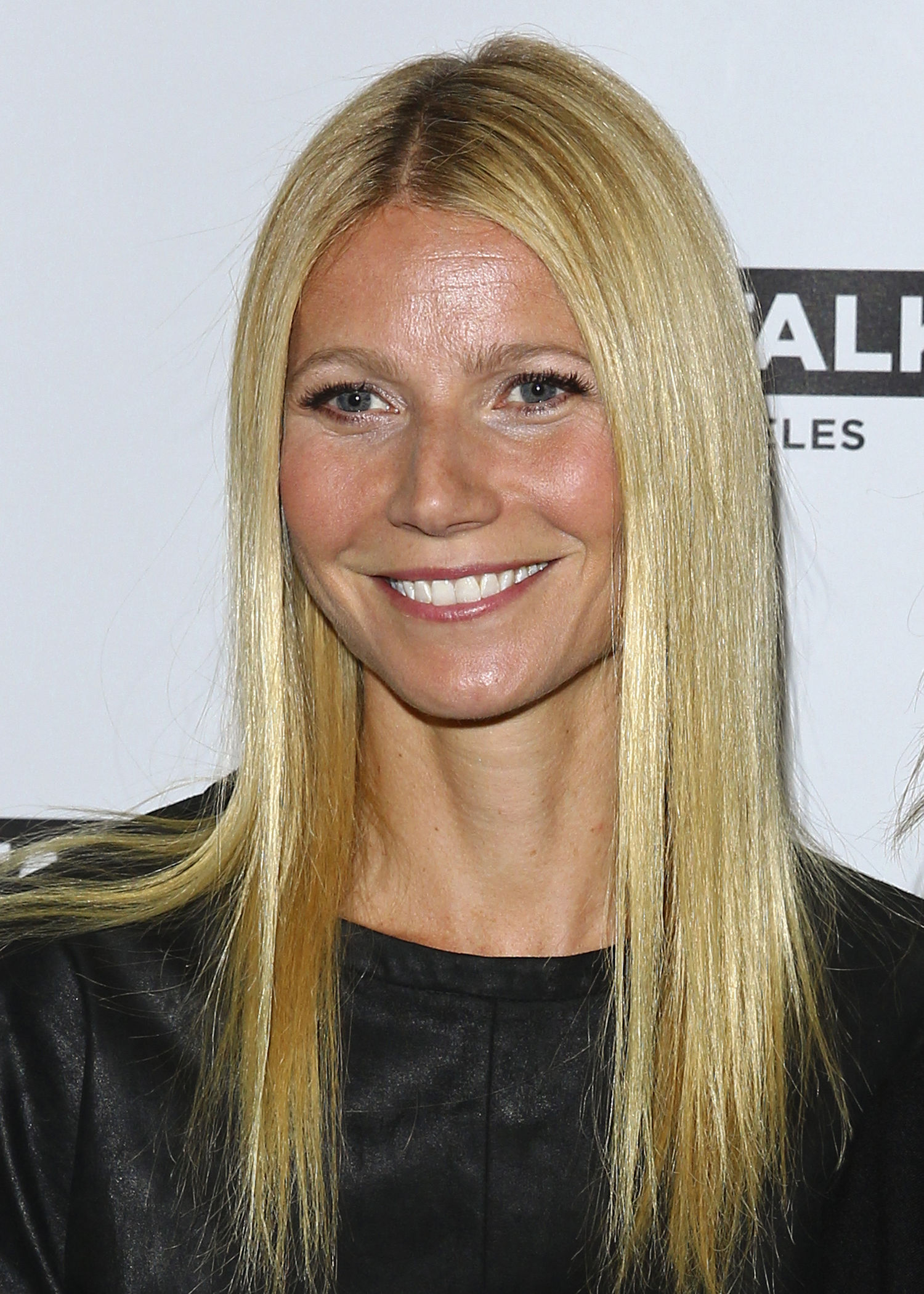 Amazing Gwyneth Paltrow Pictures & Backgrounds