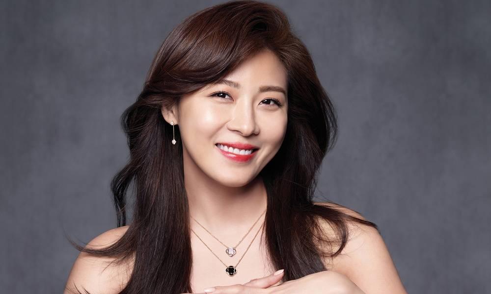 Ha Ji-won Backgrounds on Wallpapers Vista