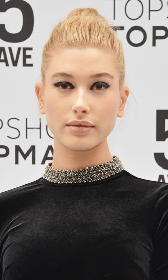 HD Quality Wallpaper | Collection: Celebrity, 330x550 Hailey Baldwin