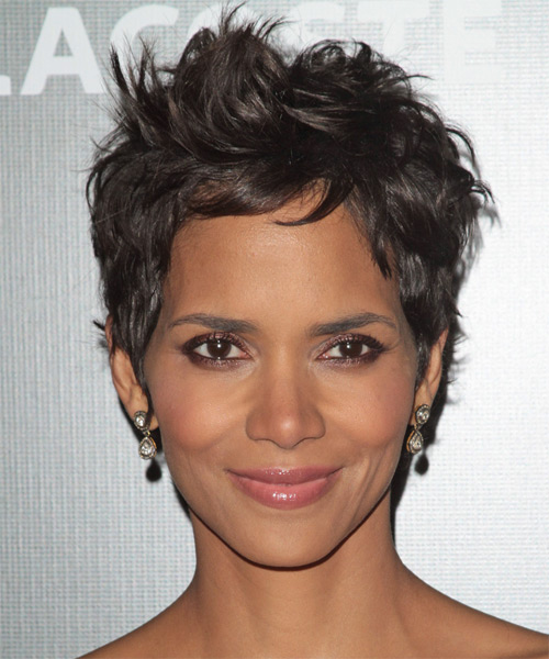 Nice wallpapers Halle Berry 500x600px