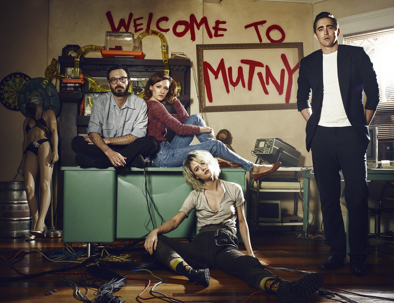 Halt And Catch Fire Wallpapers Tv Show Hq Halt And Catch Fire