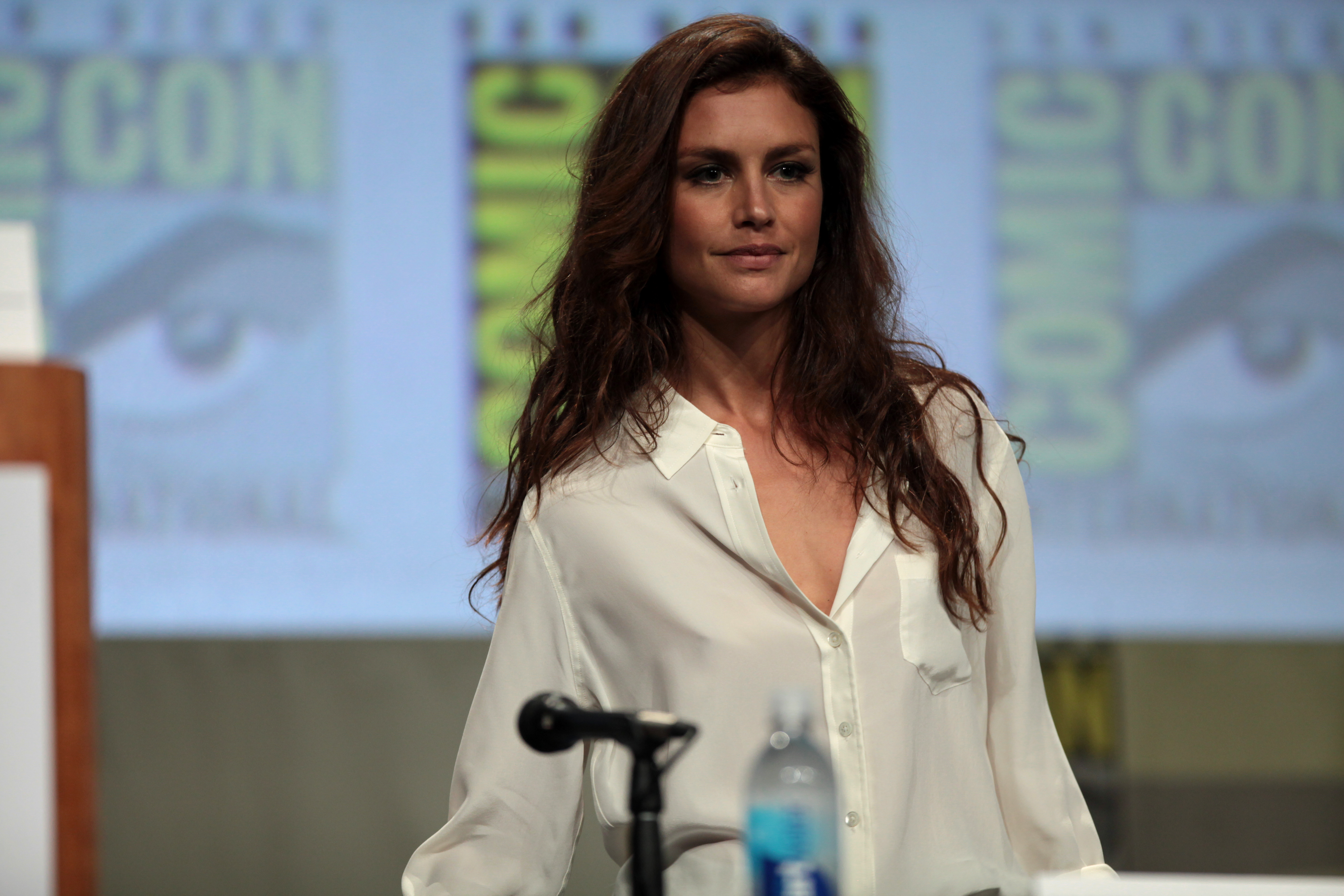 HD Quality Wallpaper | Collection: Celebrity, 5616x3744 Hannah Ware
