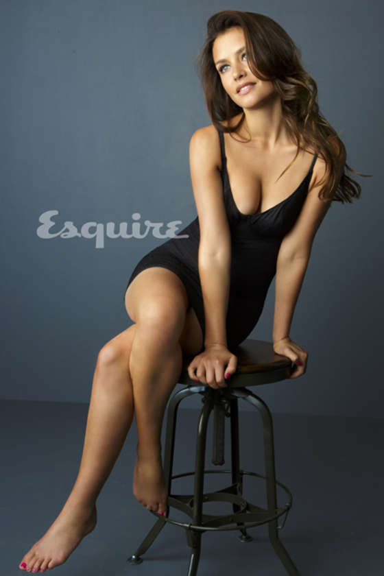 HD Quality Wallpaper | Collection: Celebrity, 560x840 Hannah Ware