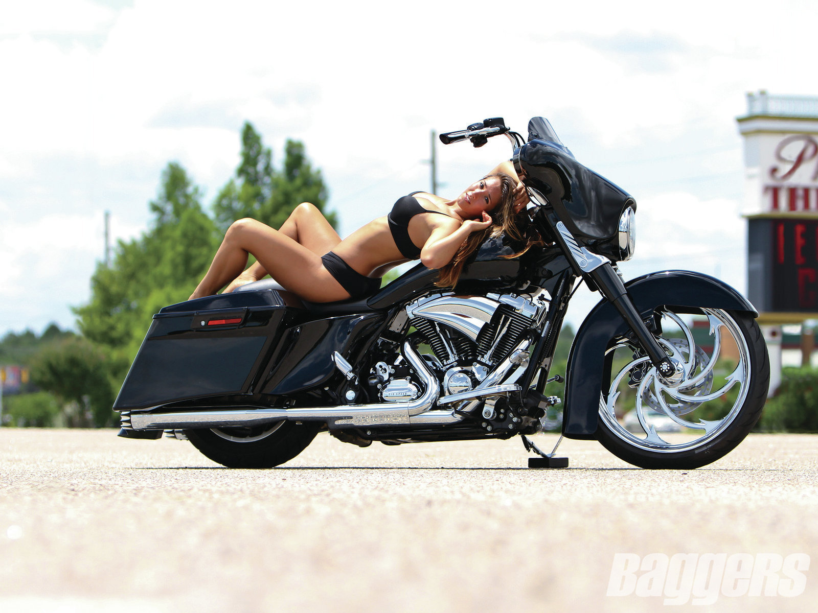 Harley Davidson Street Glide Wallpapers Vehicles Hq Harley