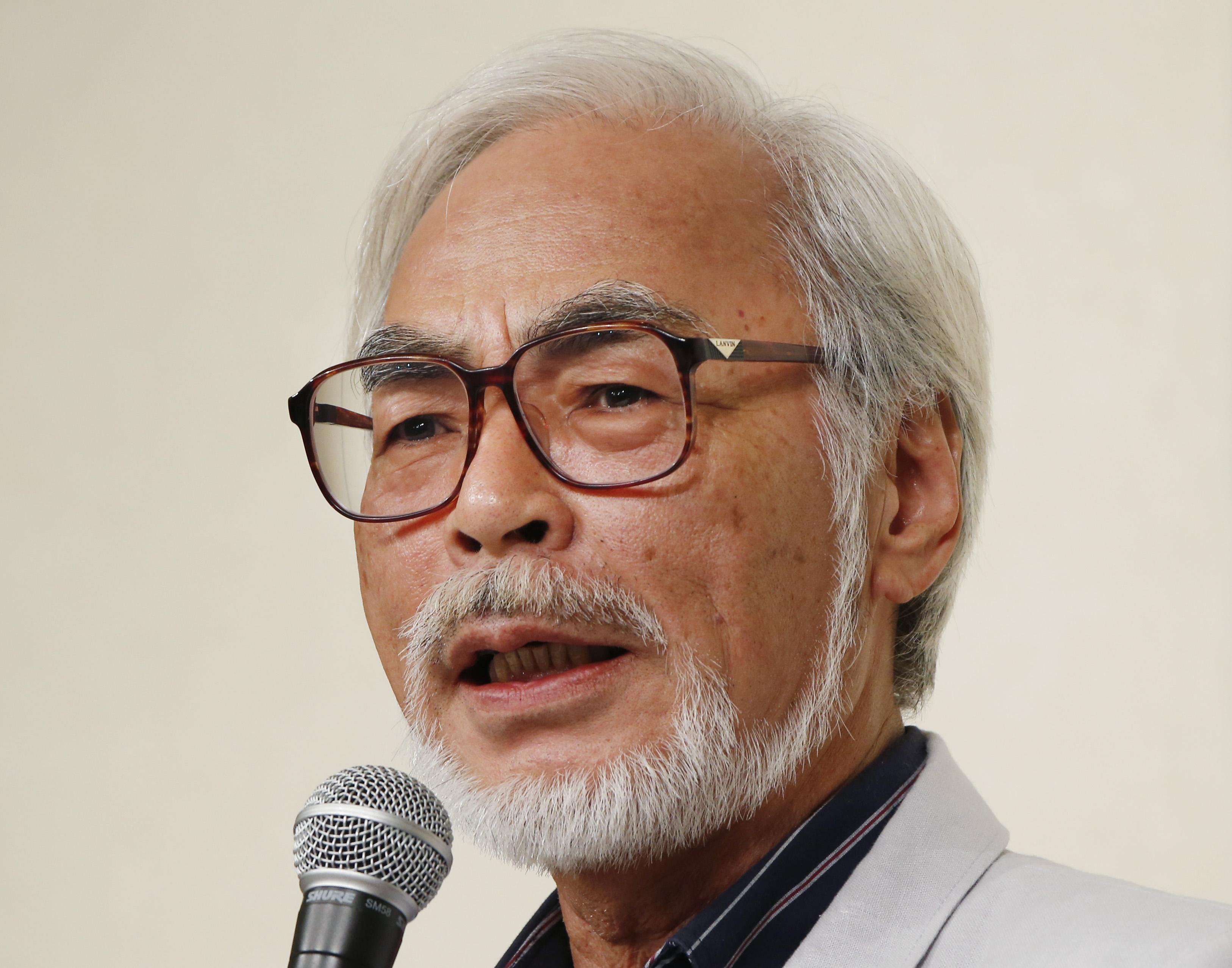 Amazing Hayao Miyazaki Pictures & Backgrounds