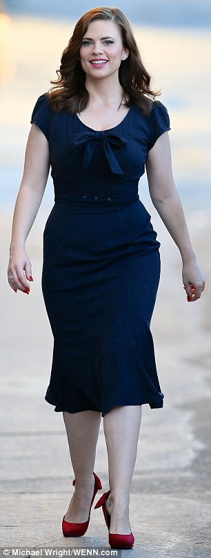 Nice wallpapers Hayley Atwell 306x807px