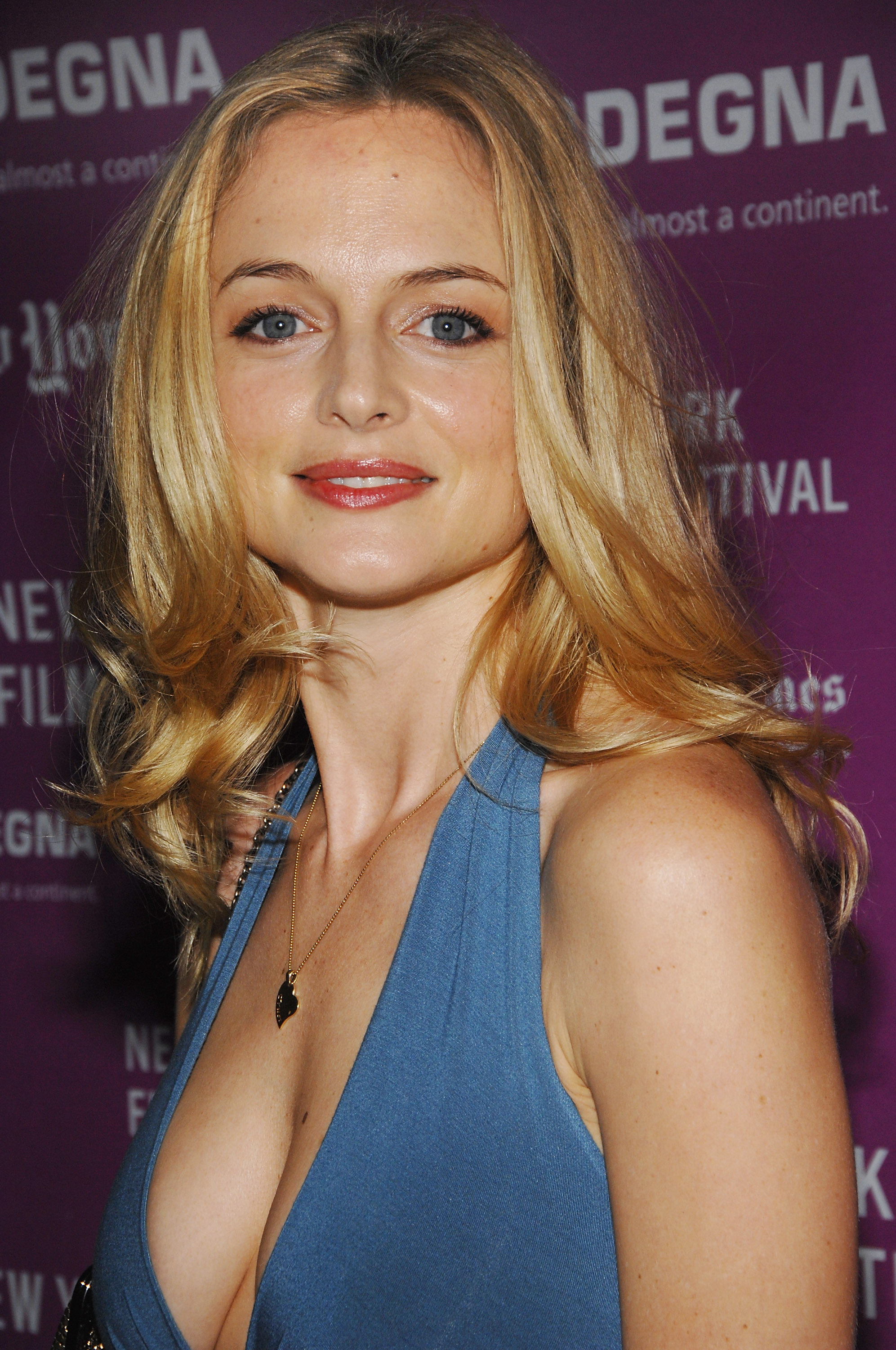 HQ Heather Graham Wallpapers | File 1218.7Kb