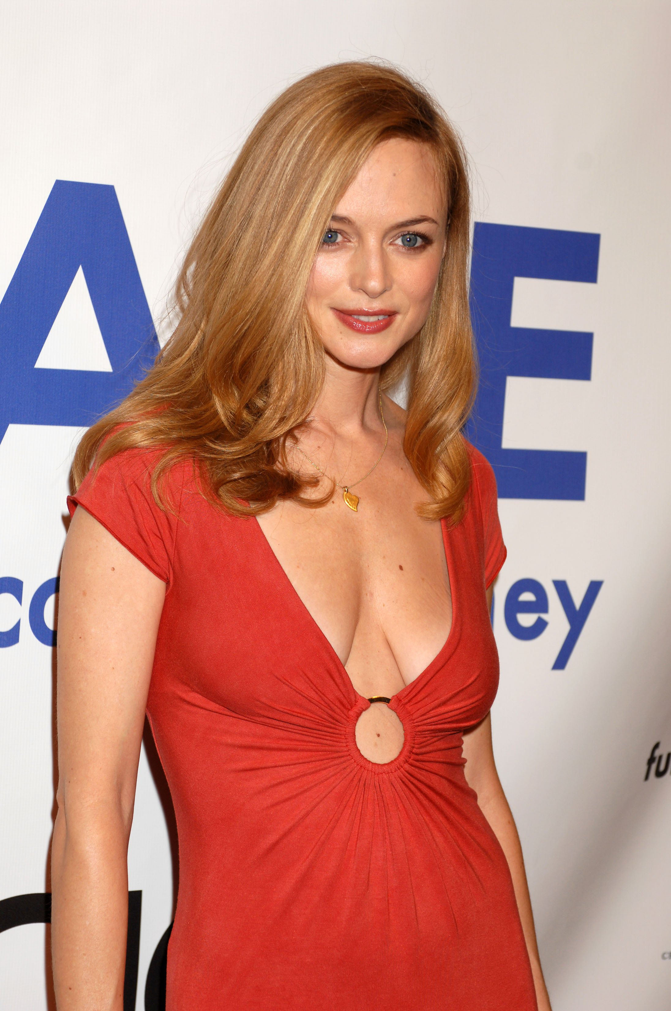 HQ Heather Graham Wallpapers | File 803.2Kb