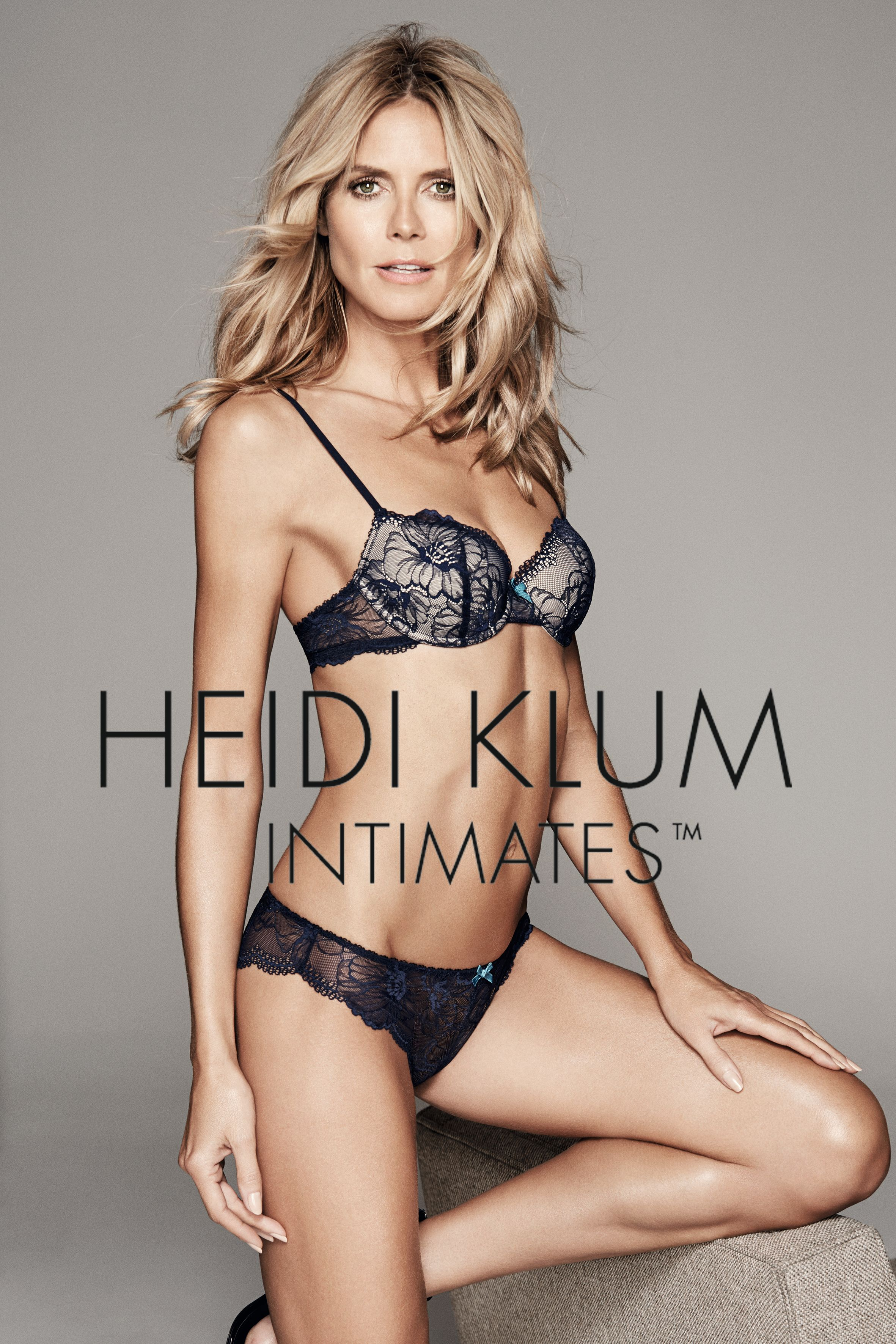 Nice Images Collection: Heidi Klum Desktop Wallpapers