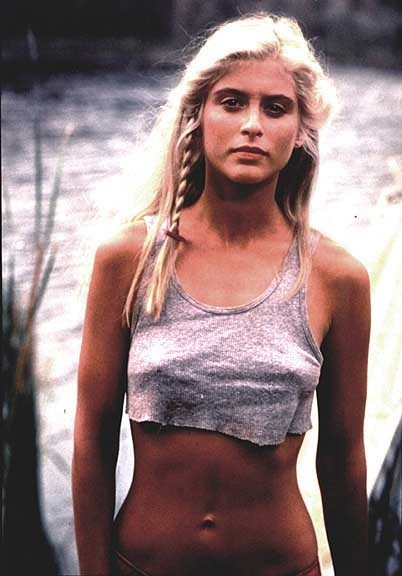 High Resolution Wallpaper | Helen Slater 402x576 px