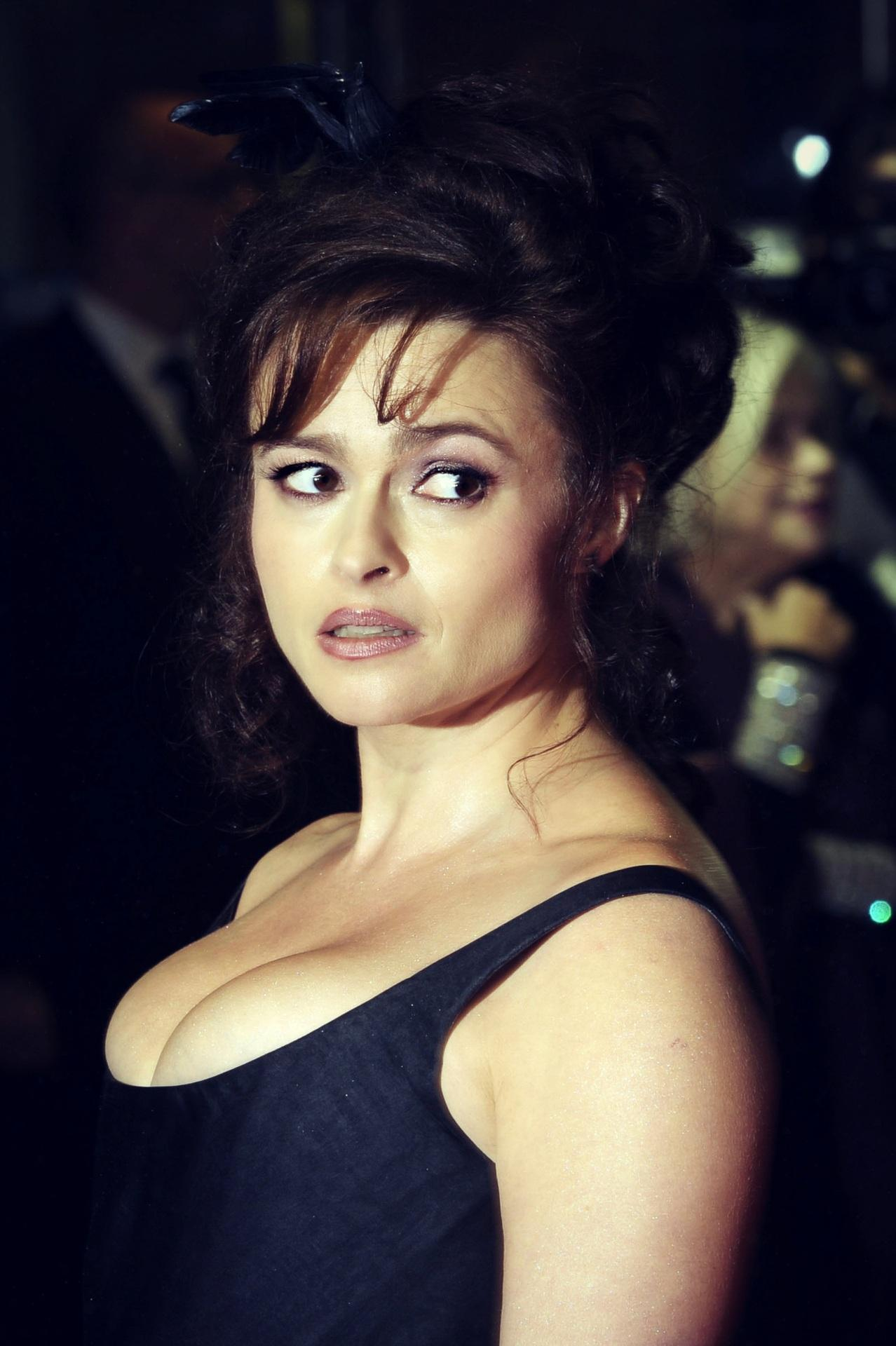 HD Quality Wallpaper | Collection: Celebrity, 1278x1920 Helena Bonham Carter