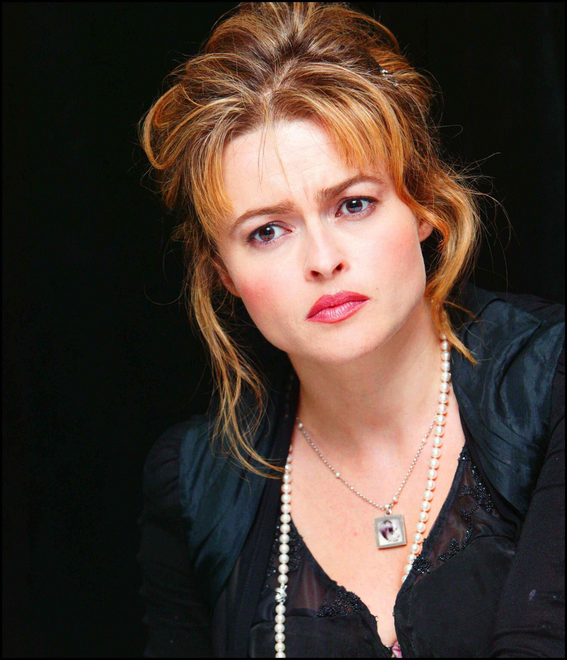 Images of Helena Bonham Carter | 2201x2560