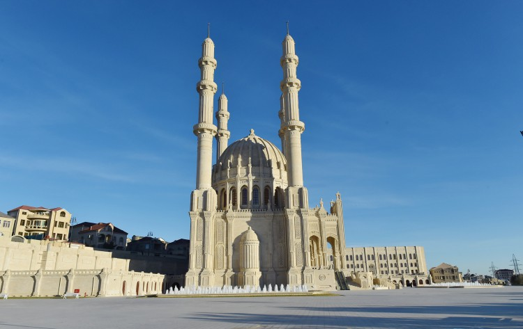 Heydar Mosque #25