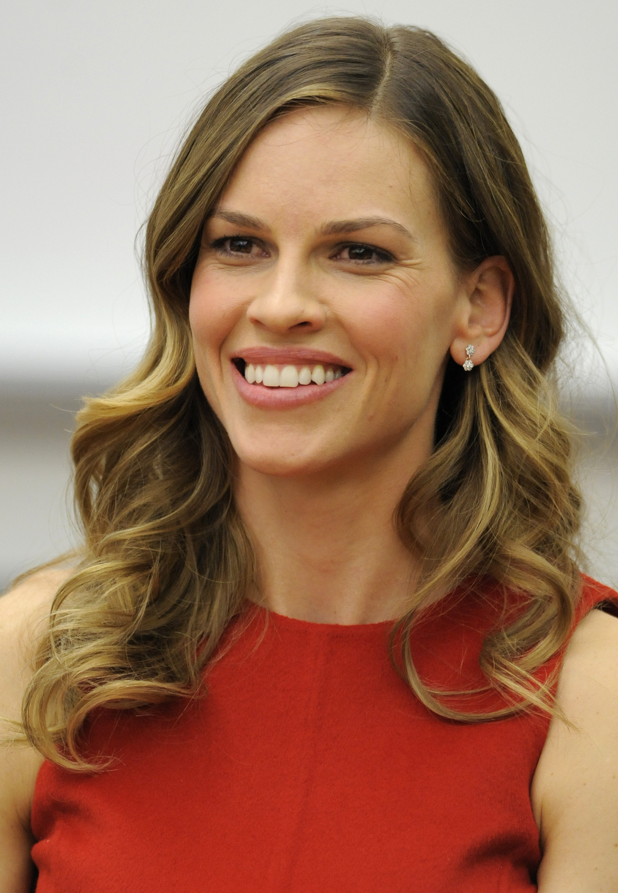 Hilary Swank Backgrounds, Compatible - PC, Mobile, Gadgets| 2076x3000 px