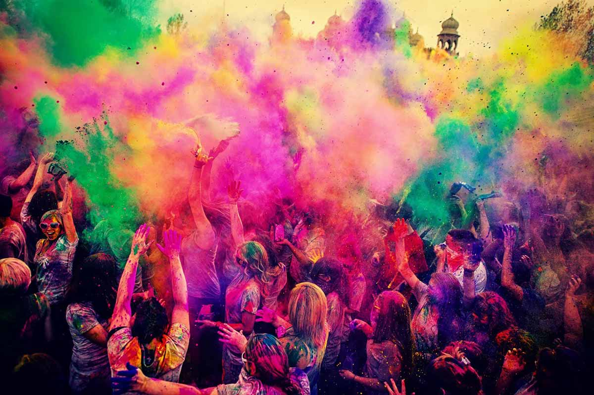 Amazing Holi Pictures & Backgrounds