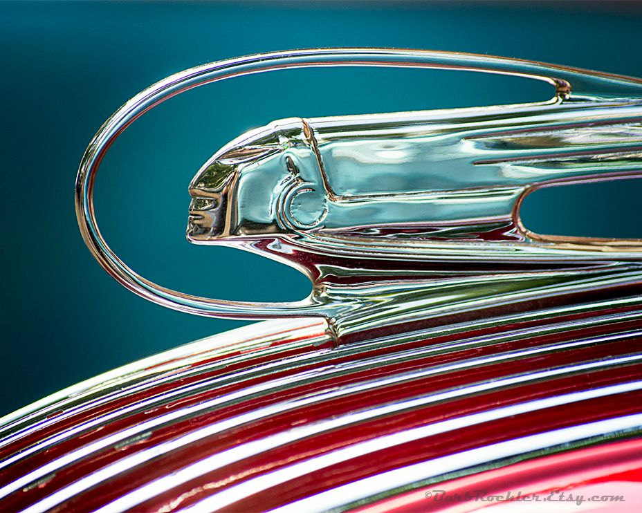 HD Quality Wallpaper | Collection: Photography, 928x742 Hood Ornament