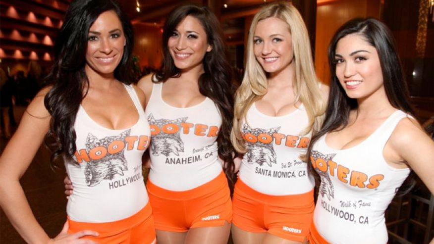 Images of Hooters | 876x493
