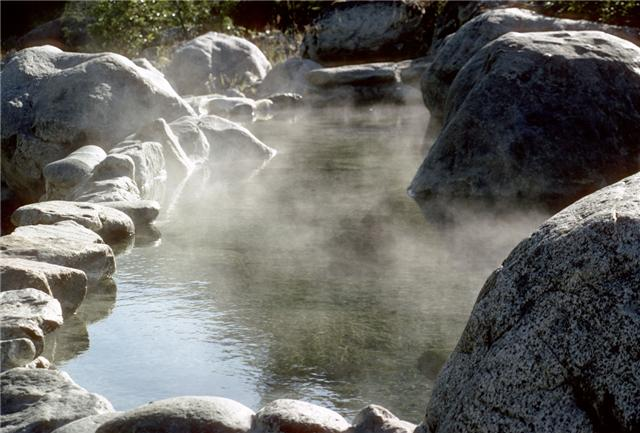 Hot Spring Backgrounds, Compatible - PC, Mobile, Gadgets| 640x433 px