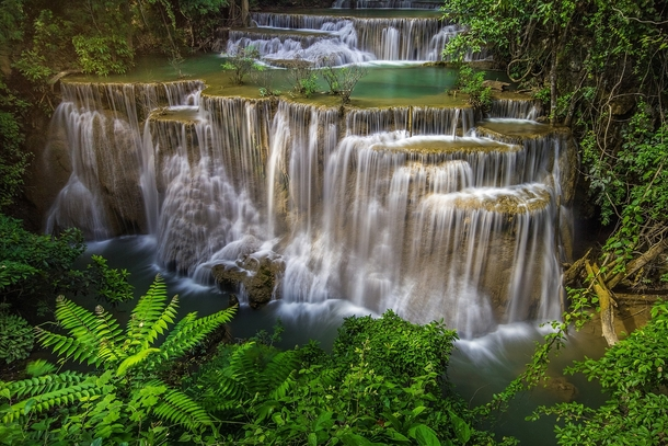 HD Quality Wallpaper | Collection: Earth, 610x407 Huai Mae Kamin Waterfall