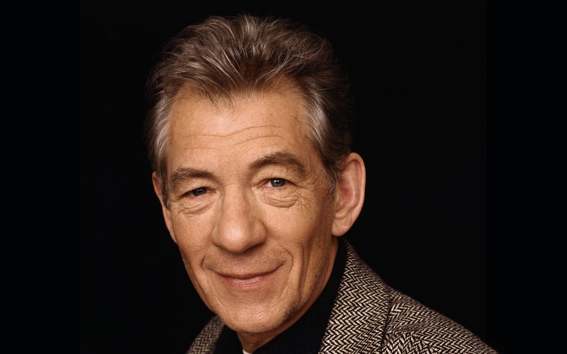 HQ Ian McKellen Wallpapers | File 737.55Kb