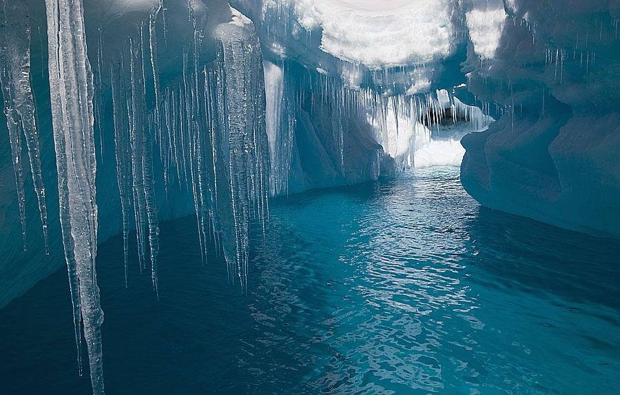 Amazing Ice Cave Pictures & Backgrounds