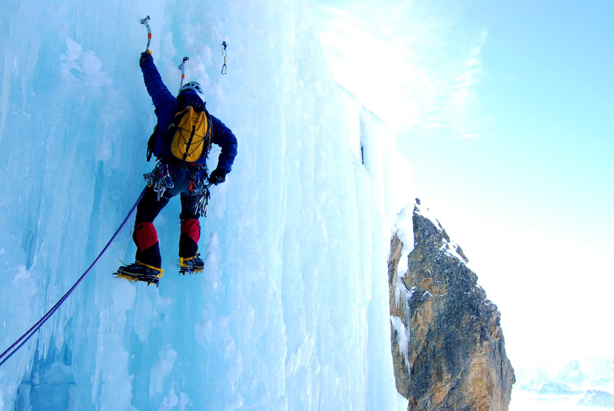 Ice Climbing Backgrounds, Compatible - PC, Mobile, Gadgets| 2000x1339 px