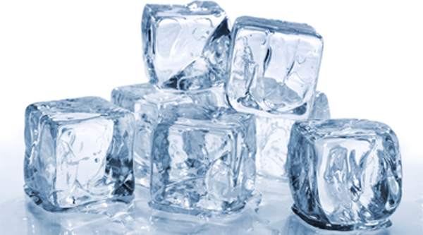 High Resolution Wallpaper | Ice Cubes 600x333 px