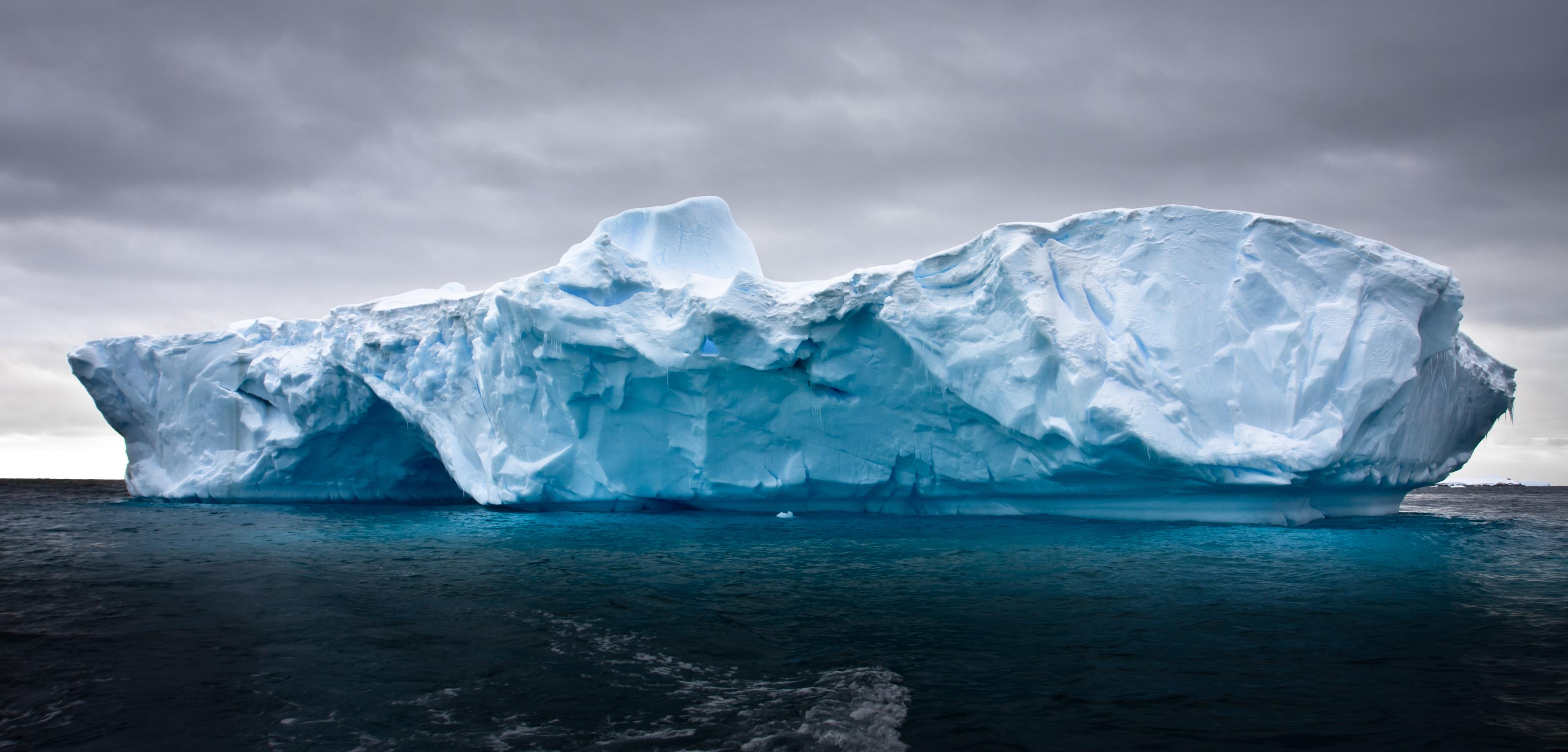 HQ Iceberg Wallpapers | File 3031.26Kb