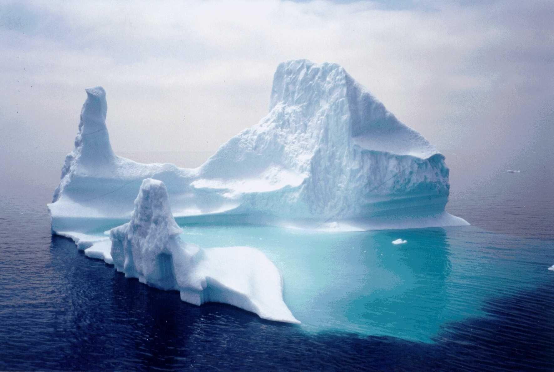 Iceberg Backgrounds on Wallpapers Vista