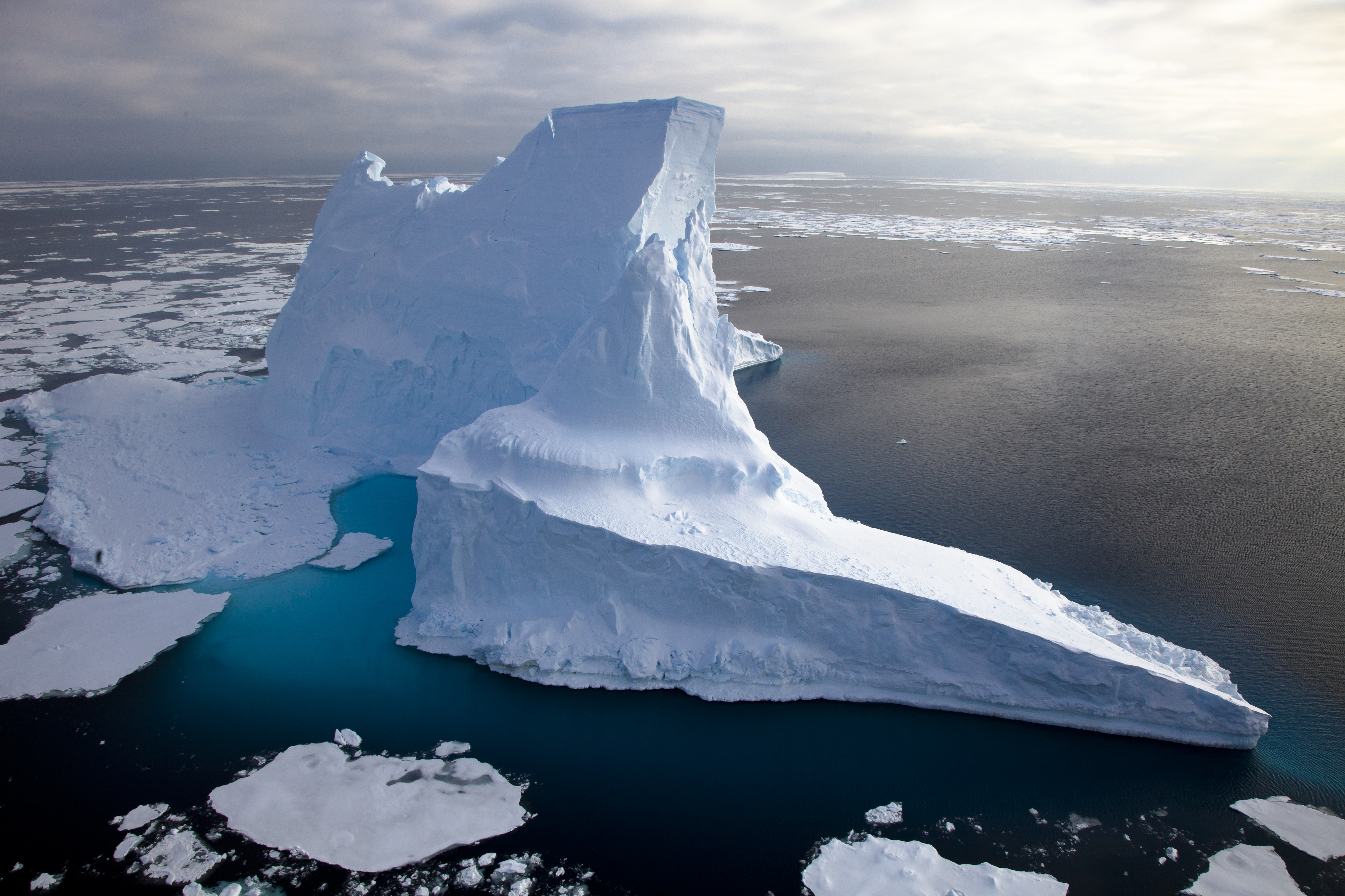 5410x3606 > Iceberg Wallpapers