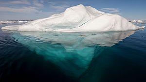 HQ Iceberg Wallpapers | File 7.9Kb