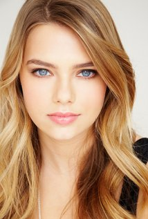 High Resolution Wallpaper | Indiana Evans 214x317 px
